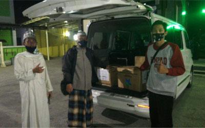 Perpustakaan PTQT Al-Hikmah Cirebon Menerima Bantuan Buku Dari Perpusnas RI